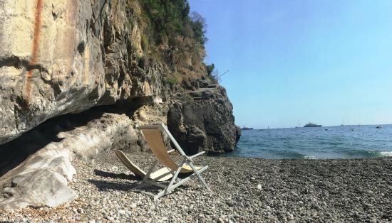 La Fenice : private beach