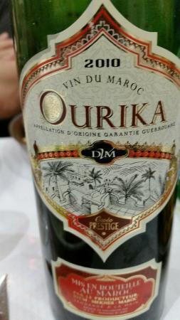 Pantin, Francia: Excellent vin du Maroc