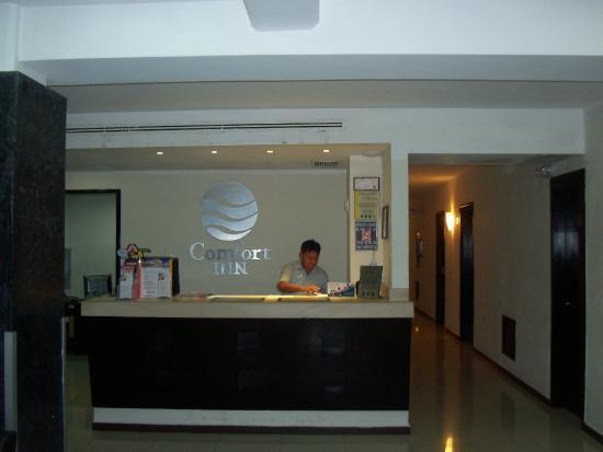 Comfort Inn Cancun Aeropuerto : Hall  de entrada