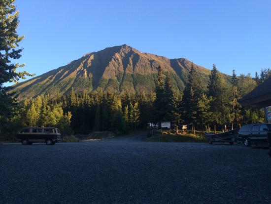 Alaska Troutfitters Lodge: View from the Fly Shop