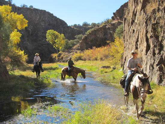 Geronimo Trail Guest Ranch: October