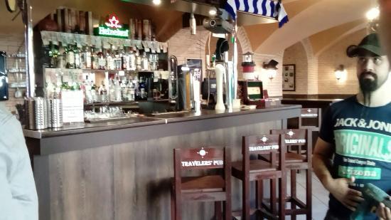 Travelers' Pub