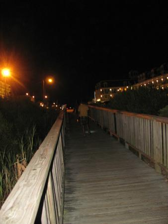Nassau Inn: beach boardwalk
