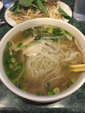 Pho Orchid : Chicken Pho