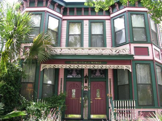 Photo of Park Avenue Manor Savannah