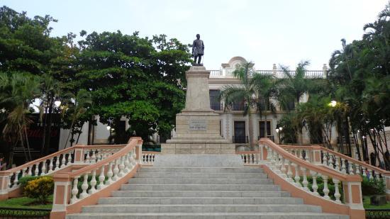 Parque Hidalgo Escalinata