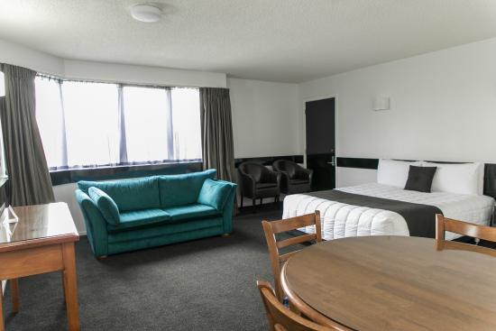 Quality Hotel Elms : Superior Queen Suite