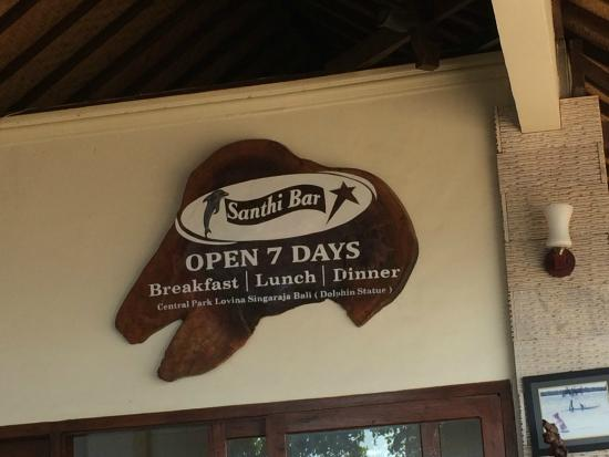 Santhi Bar: great view, average food