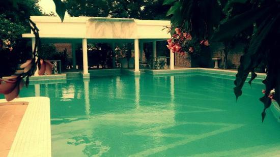 Hotel Inn Season: Main Image Day Pool