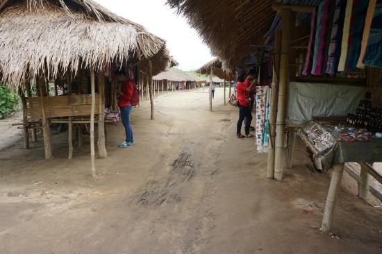 Long Neck Village: Desa Long Neck