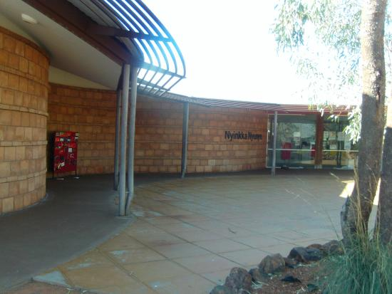 Tennant Creek, Australia: Gebäude