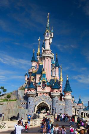le ch teau de disney photo de disneyland paris marne la vall e tripadvisor. Black Bedroom Furniture Sets. Home Design Ideas