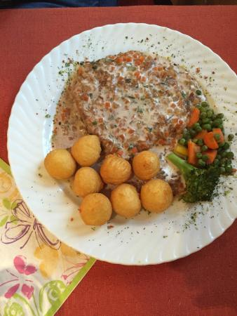 Gasthof zum Ochsen: Esterhazy Schnitzel