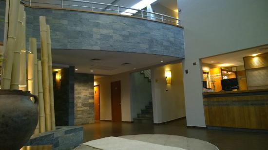 Inca Hoteles Los Andes: Hall de entrada