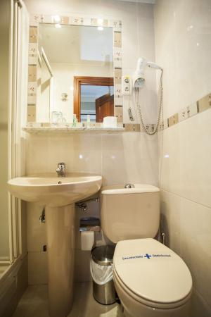 Alojamiento Carrera: Baño individual