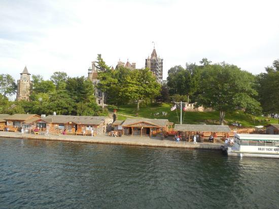 Gananoque, Canadá: Kanada'dan gidenler pasaportla bu adaya girebiliyor