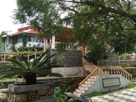 """The Regent Hill Side Villa & Resort: """"Colonial Mansion"""""""