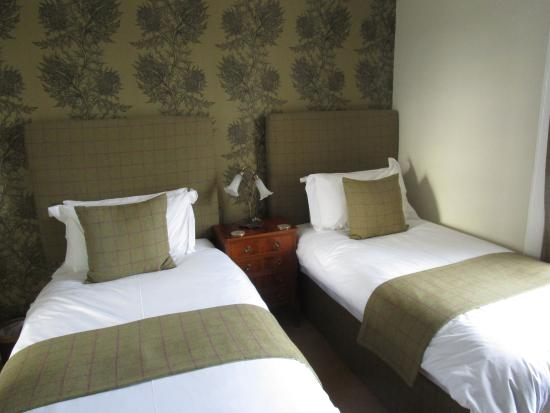 Glenegedale Guest House: Cosy room