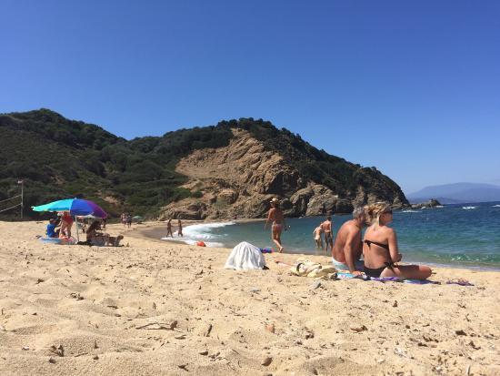 Megalos Aselinos Beach: Ωραία παραλία!