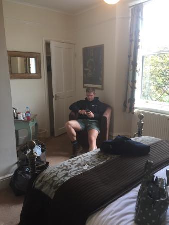 Denehurst Guest House