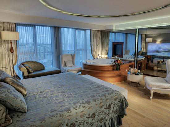 CVK Hotels Taksim : Suite