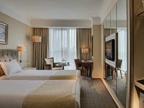 CVK Hotels Taksim : Guestroom
