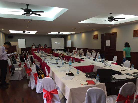 Chitchareune Mouang Luang Hotel : Meeting room