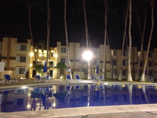 Araiza Palmira: photo2.jpg