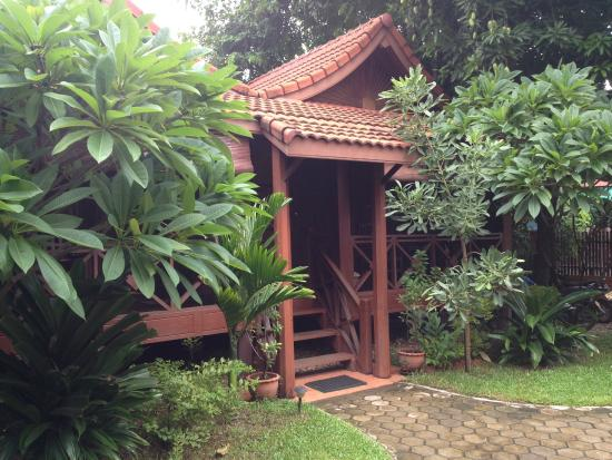 Auberge Sala Inpeng (Mekong Riverside Inn): giardino