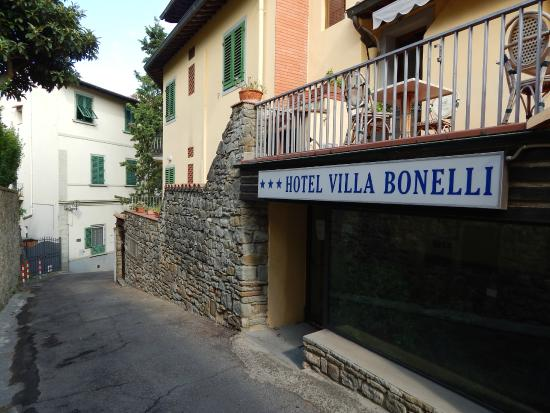 Hotel Villa Bonelli: Frente do hotel