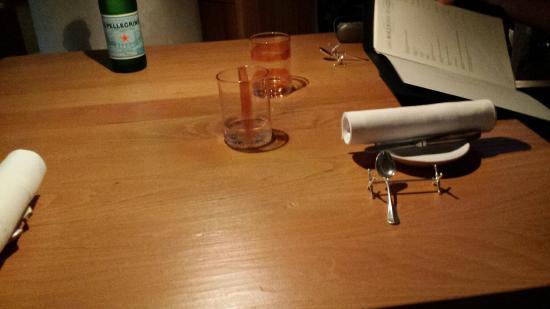 Trattoria Zappatori : il tavolo