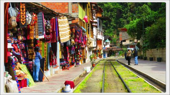 Andina Luxury: calle en donde se encuentra el hotel