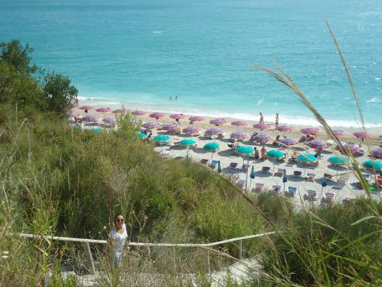 da silvio  foto di spiaggia dei sassi neri, sirolo  tripadvisor, Disegni interni