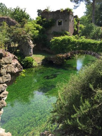 giardini di ninfa picture of giardino di ninfa