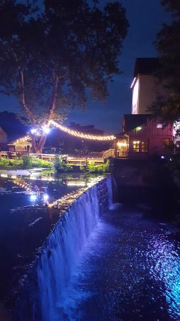 Porches on the Towpath : Bucks County Playhouse