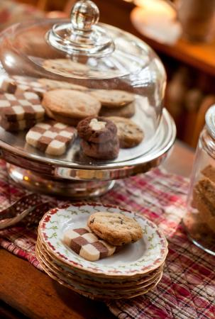 Brampton Bed and Breakfast Inn: Cookies
