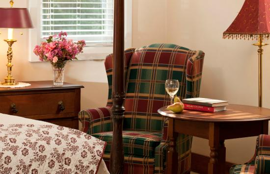 Brampton Bed and Breakfast Inn: Russell's Cottage