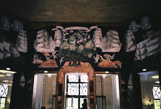 forum picture of palais de la porte doree musee de l 39 histoire de l 39 immigration paris. Black Bedroom Furniture Sets. Home Design Ideas