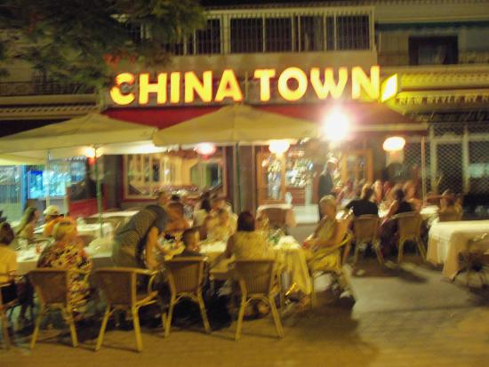 crispy duck with pancakes picture of china town chinese restaurant costa del silencio. Black Bedroom Furniture Sets. Home Design Ideas