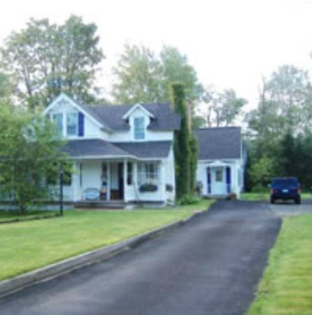Winterberry Bed & Breakfast
