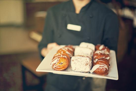 Premier Hotel Cape Manor: Pastries