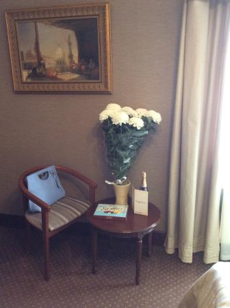 Hotel Ayvazovsky: Остановившись в отеле в свой день рождения, обнаружили вот такое милое поздравление от сотрудник