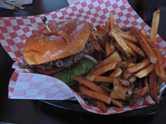 Dar's  Route 66 Diner: Delicious and juicy