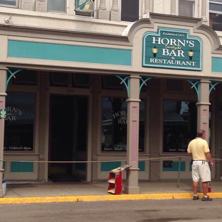 Horn's Gaslight Bar & Restaurant: photo0.jpg