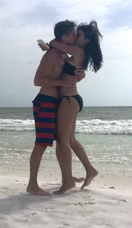 Club Regency of Marco Island : PDA is not uncommon on this romantic beach