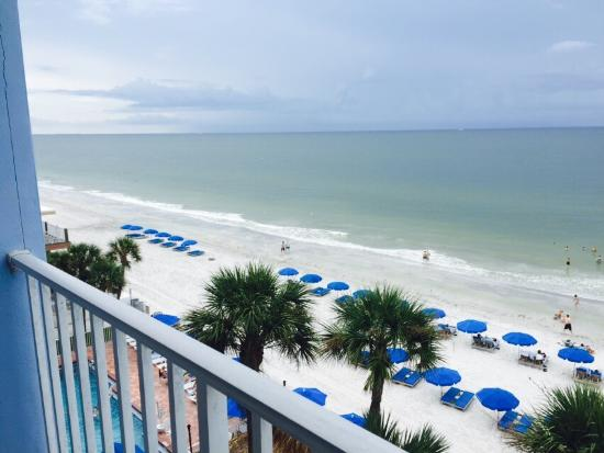 Doubletree Beach Resort by Hilton Tampa Bay / North Redington Beach: Our 5th floor balcony view