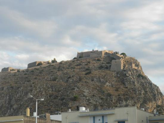 Palamidi Castle - Picture of Palamidi Castle, Nafplio ...