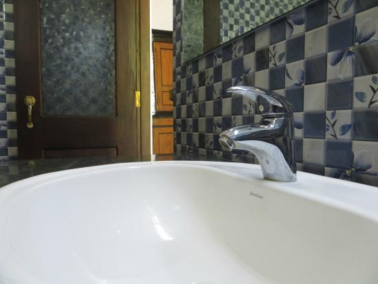 Badezimmer Sauber Und Tip Top In Ordnung Picture Of Saman Resort