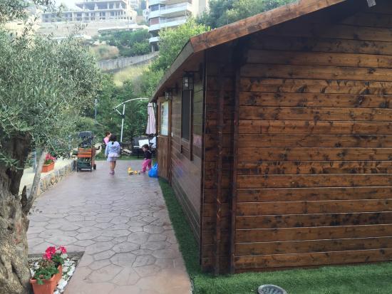 PineVille Lebanon