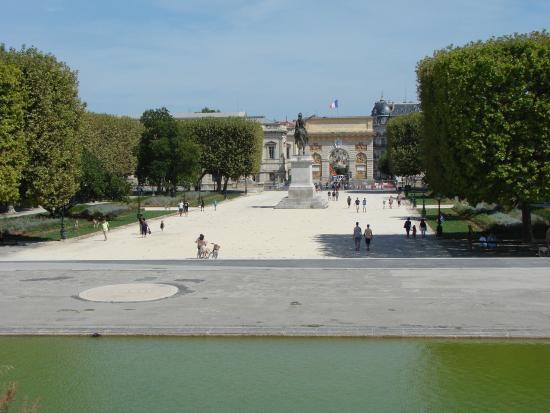 montpellier jardin promenade peyrou